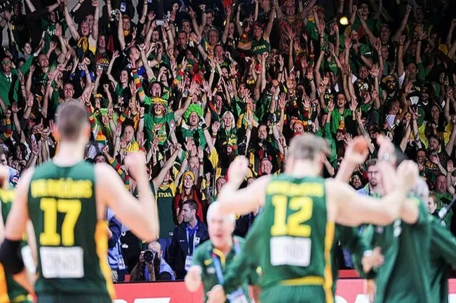 lithuania-moves-on-after-defeating-serbia-in-2015-eurobasket-1024x590