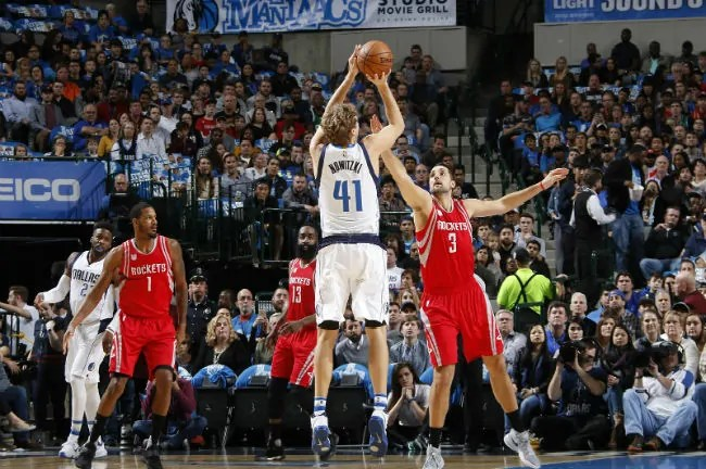 mavericks-rockets