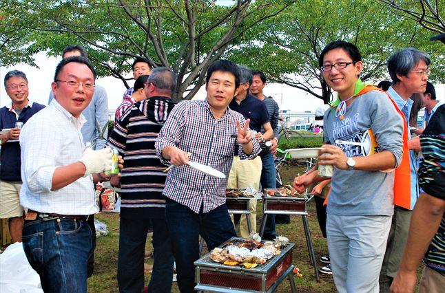 小松川千本桜 BBQの様子 ゴードン