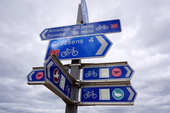 e-bike cycle tourists
