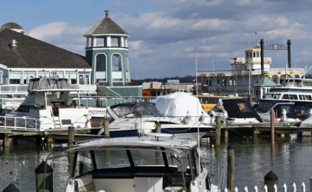 A view of the marina at Old Town Alexandria with the Cherry Blossom sternwheeler in the background.
