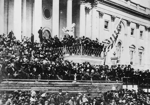 President Lincoln delivering his inaugural address