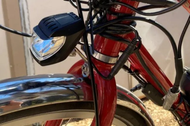 An E-bike front light e-bike lovers