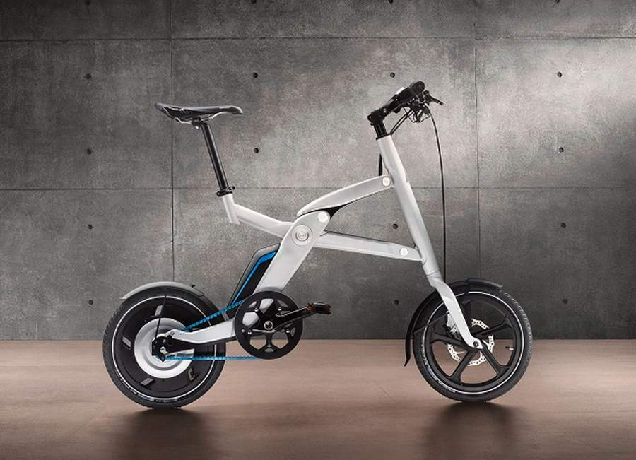 Foldable BMW electric bike