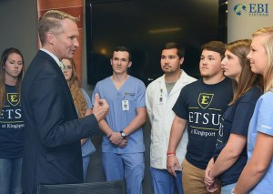 Học bổng đại học East Tennessee