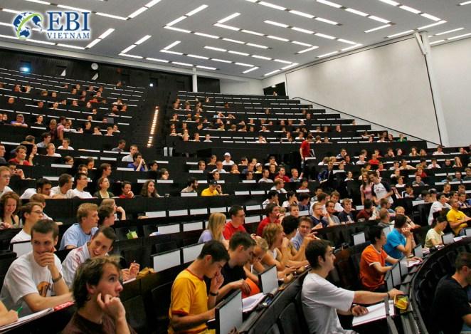 Giảng đường đại học tại Đức.
