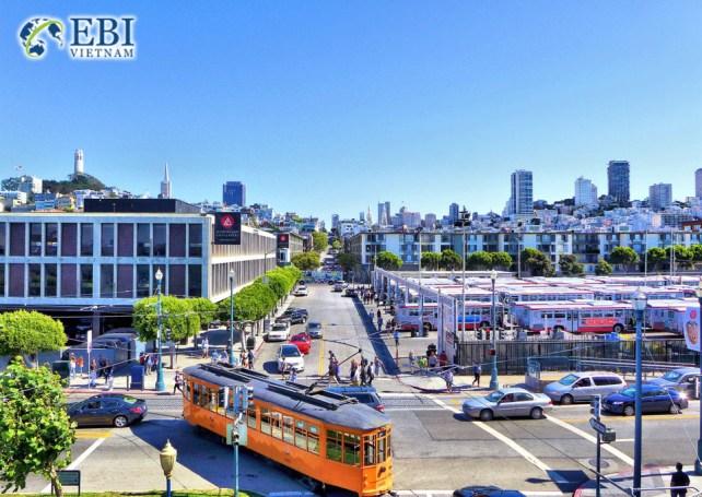 Du học Mỹ tại bang California.