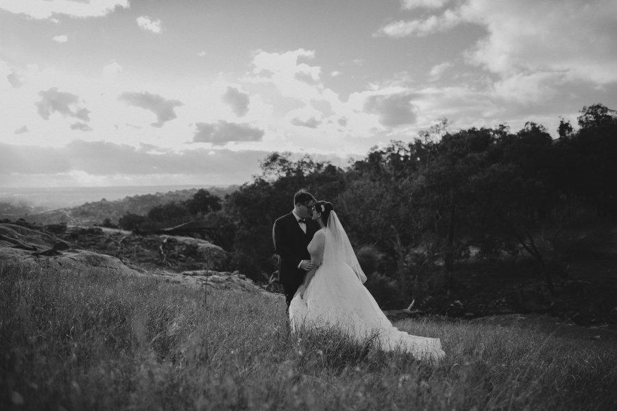 Perth Wedding Photographer | Wedding Photographers Perth | Bells Rapids Wedding | Zoe Theaidore Photography | Ebony Blush Photography | M+K233