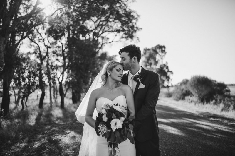 Kayla + Tom | Ebony Blush Photography | Perth Wedding Photographer | Zoe Theiadore | Baldivis Farm Stay Wedding
