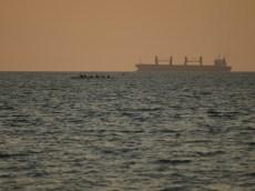 paddlers VS warship