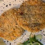 Quick & Easy 4 Ingredient Salmon Cakes