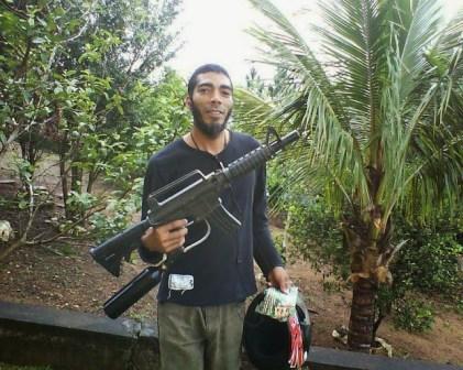 Zid Duarte, apologista do ISIS no Brasil.