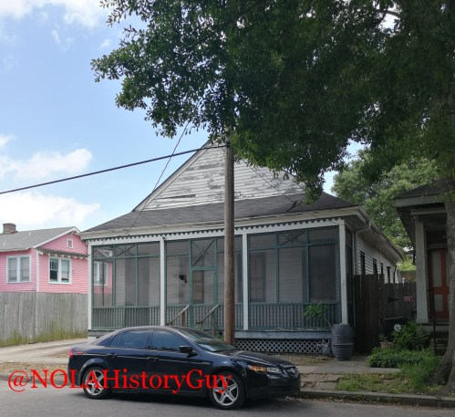 screen porch houses