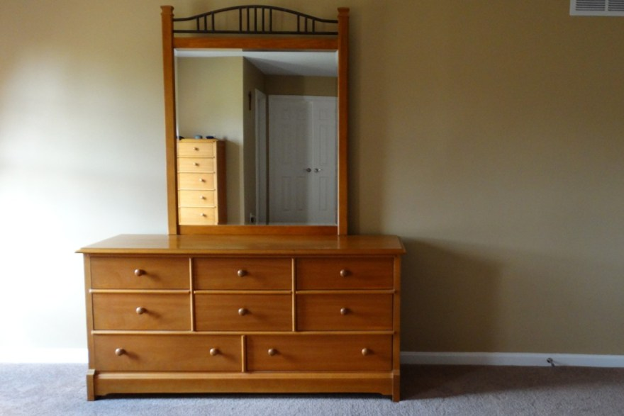 impressions by thomasville dresser and mirror