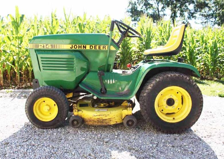 John Deere 214 Lawn and Garden Tractor : EBTH