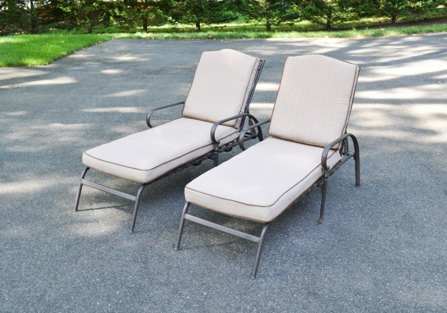 pair of martha stewart outdoor chaise lounge chairs