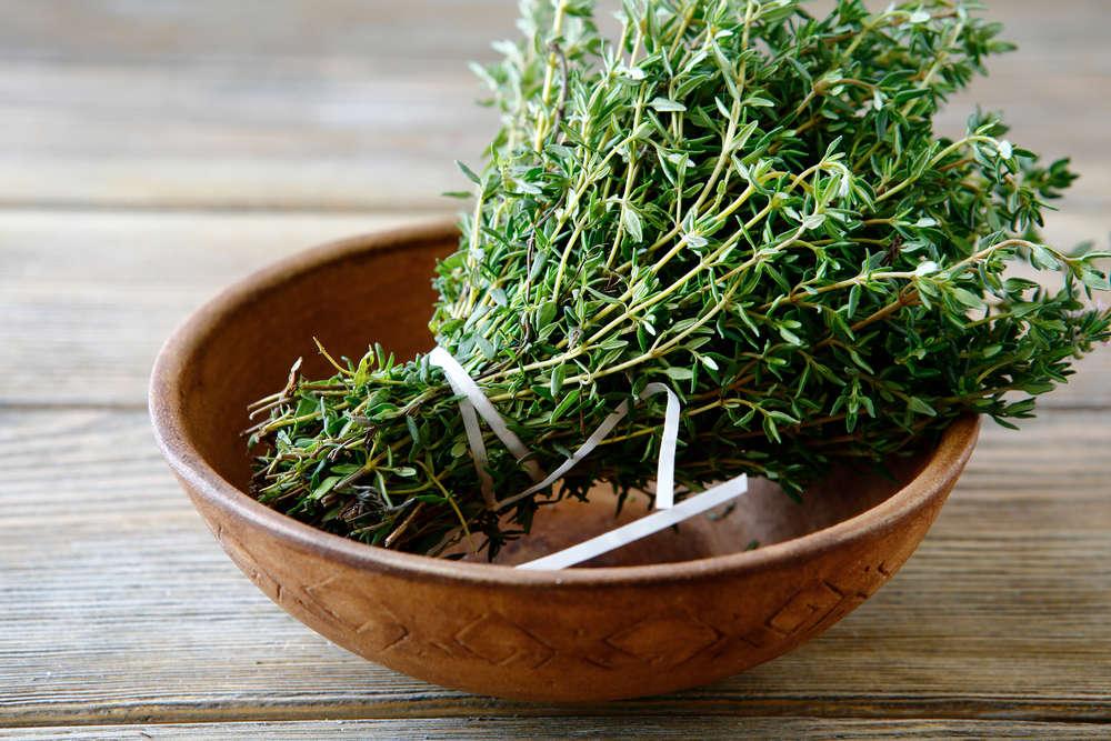 10 Amazing Health Benefits of Thyme