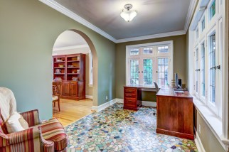 Photographs of a home on Hillvale Drive in the Claverach Park neighborhood of Clayton, Missouri for Ted Wight, Dielmann Sotheby's International Real Estate.