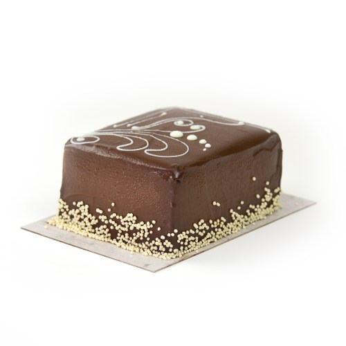 Chocolate Hazelnut Buttercream Bar Cake