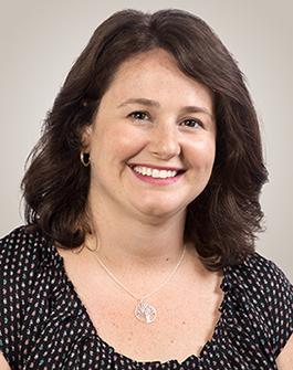 Headshot of Renée Petit, online admissions coordinator for Oregon State University's computer science online postbaccalaureate program.