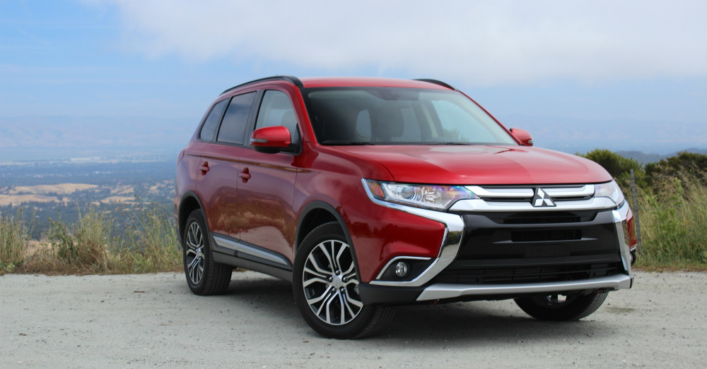 2016 Red Mitsubishi Outlander