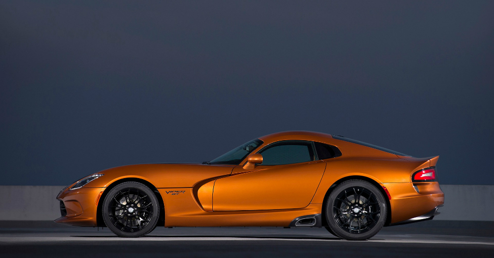 10.04.16 - 2017 Dodge Viper SRT