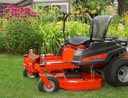 The Simplicity of a Smaller Zero-Turn Mower