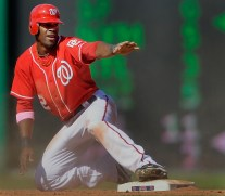 The Washington Nationals defeat the Florida Marlins 3 - 2 in MLB