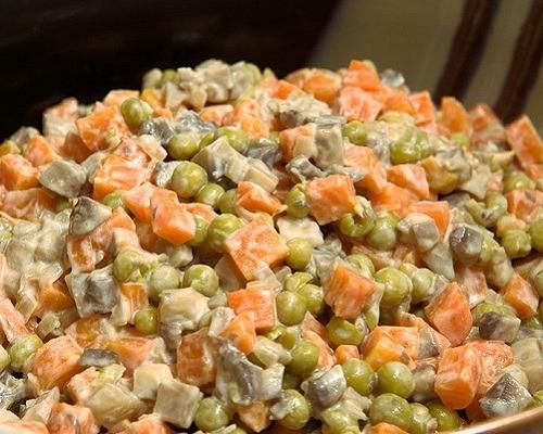 insalata con funghi e carote