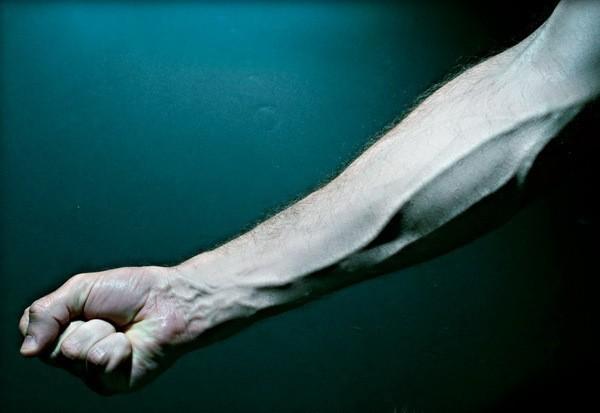 Contrarre i muscoli