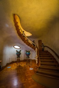 Visiting Casa Batllo stair case