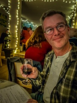 The EccentricEnglishman Rose and Protea wine