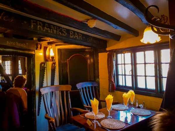 interior view - The Star Inn Rusper