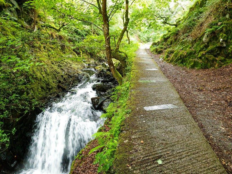 Ceunant Mawr Waterfall path