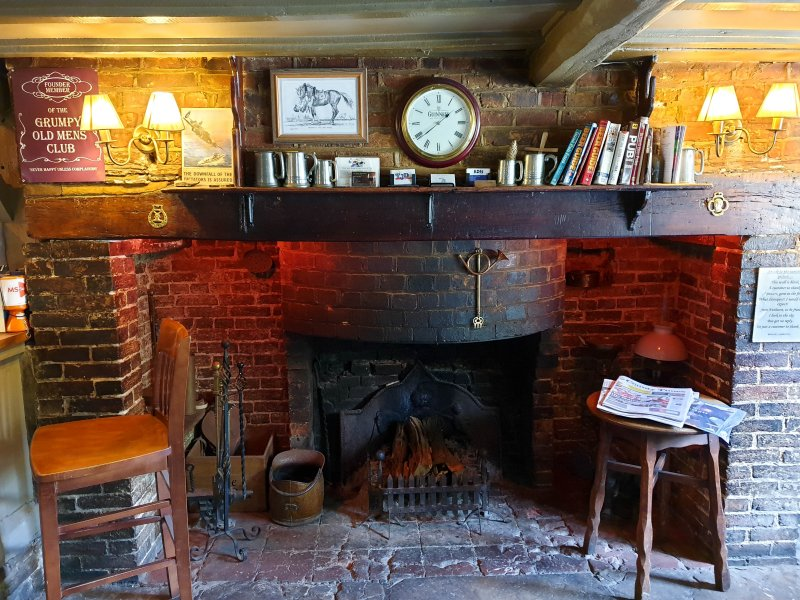 Fire Place - Black Horse Nuthurst