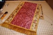 Rose Vestments for Laetare Sunday at Prince of Peace Evangelical Lutheran Church Baxter, MN