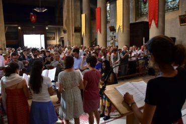 Eucharistie dominicle à Crest