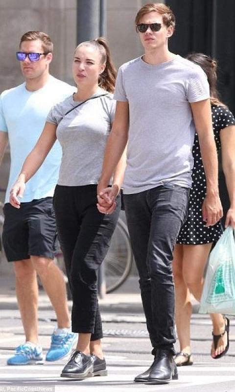 Bill Skarsgard together with the mystery girl Alida