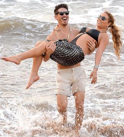 Mariah Carey and Bryan Tanaka enjoying at Beach