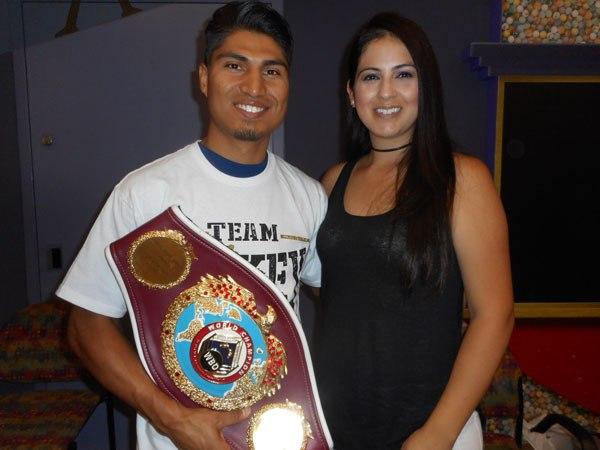 Mikey Garcia wife