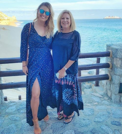 Amanda Balionis mother