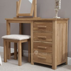 Bury oak dressing table & stool set. 3 handy drawers and stool included. light oak with choice of oak or chrome bar handles