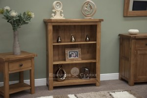 Lavenham solid rustic oak small bookcase. 2 adjustable shelves, rounded of edges