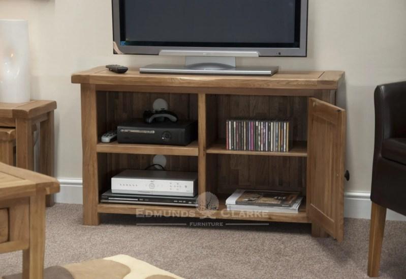 Lavenham rustic oak ty unit with cupboard
