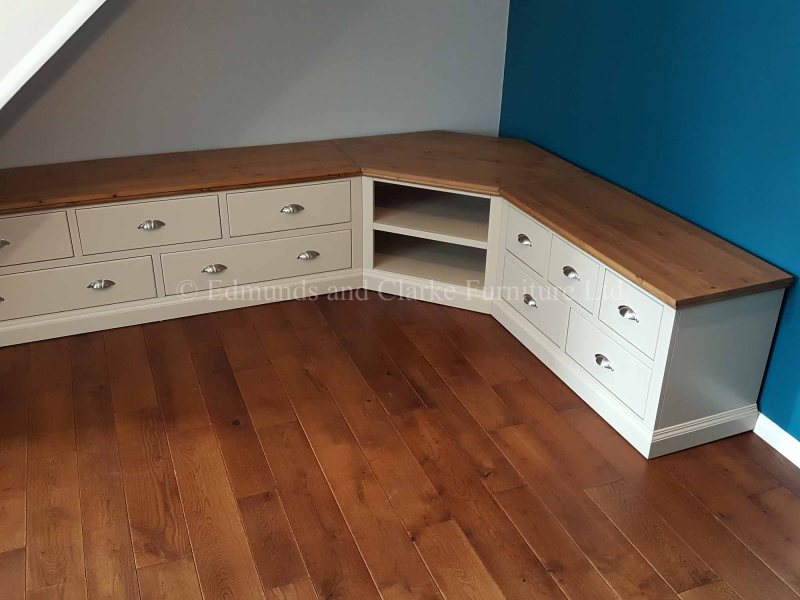 made to measure painted television entertainment unit