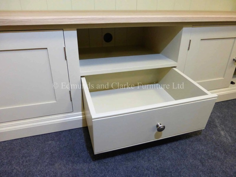 Wide bespoke painted tv entertainment stand
