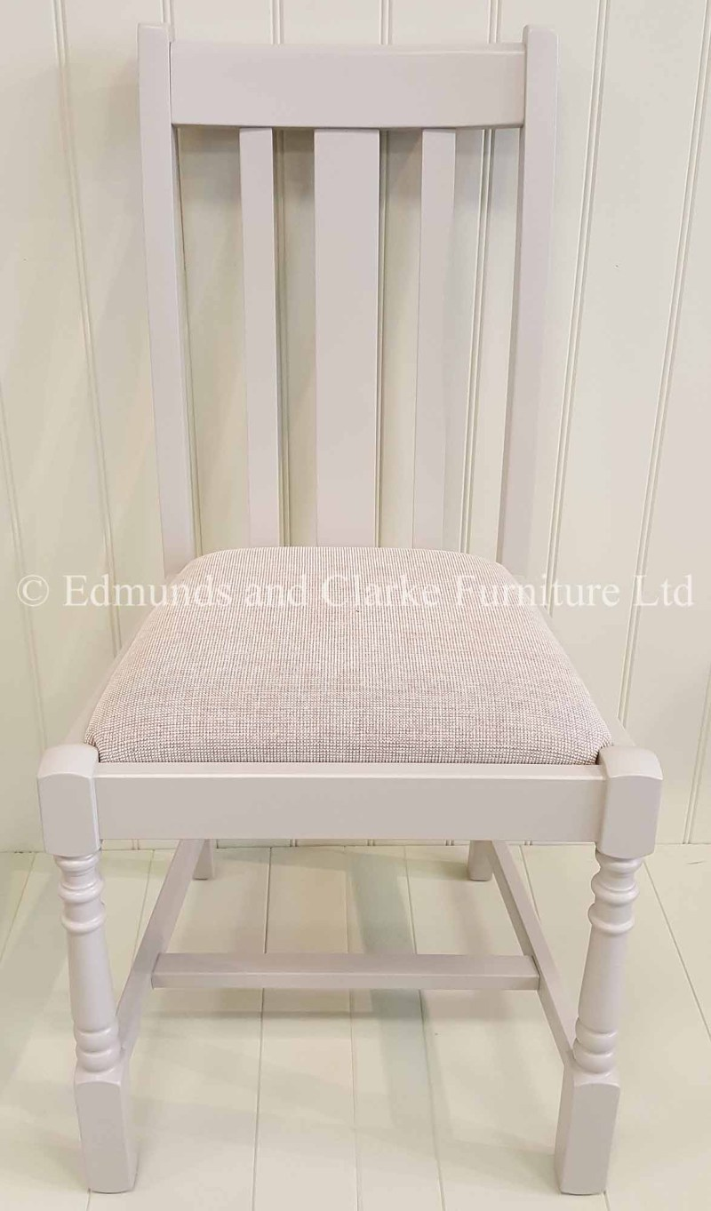 Slatted back Tudor style dining chair with front two legs turned