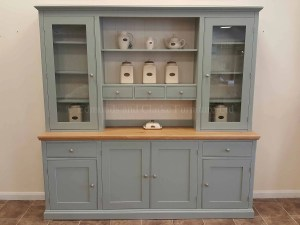 Edmunds Painted 7ft Open Hutch Fully Glazed Dresser. Adjustable shelves and centre spice drawers, oak top and 4 doors and 2 drawers. fully glazed side doors with centre rack between