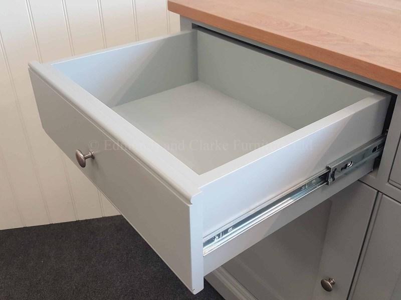 Full extension drawer runners