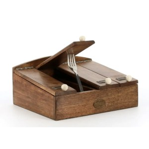 county-kitchen-four-section-cutlery-box